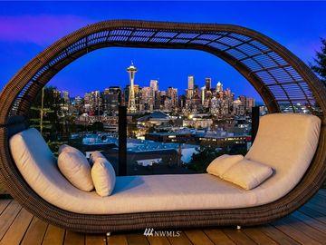 511 Kinnear Place, Seattle, WA, 98119,