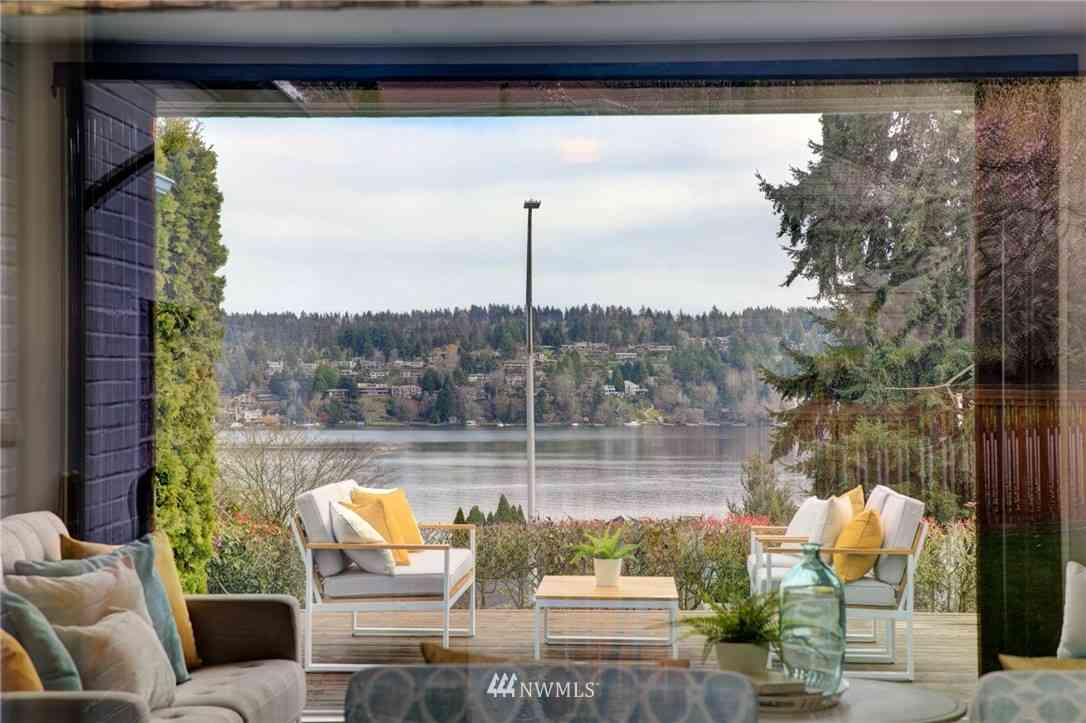 16294 39th Avenue NE, Lake Forest Park, WA, 98155,