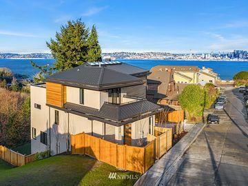 2318 Belvidere Avenue SW, Seattle, WA, 98126,