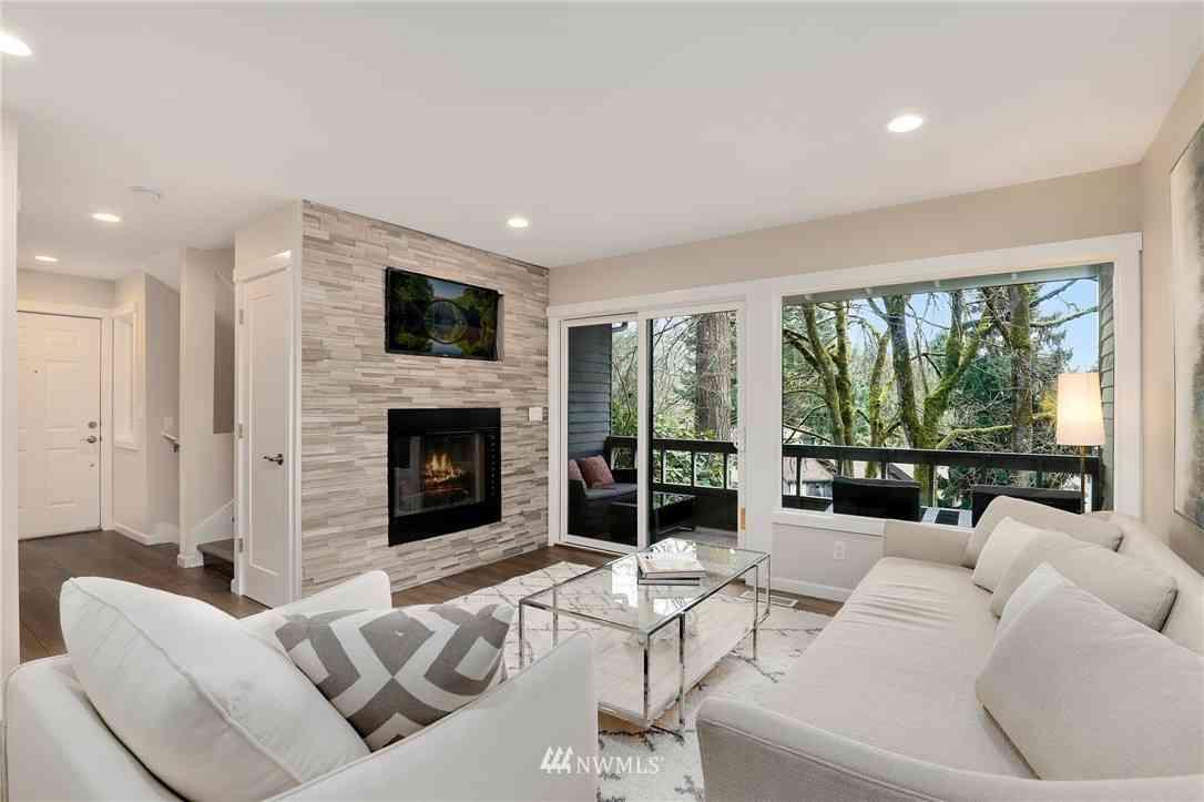 1228 Bellefield Park Lane, Bellevue, WA, 98004,