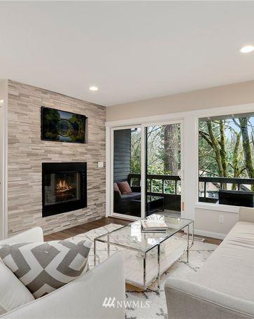1228 Bellefield Park Lane Bellevue, WA, 98004