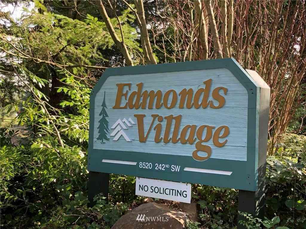 8520 242nd Street SW #105, Edmonds, WA, 98026,