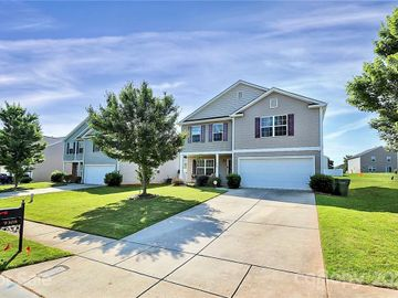 9308 Quilting Bee Lane, Charlotte, NC, 28216,