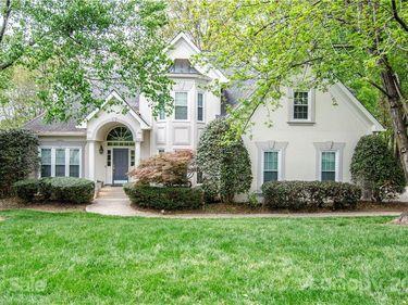6828 Seton House Lane, Charlotte, NC, 28277,