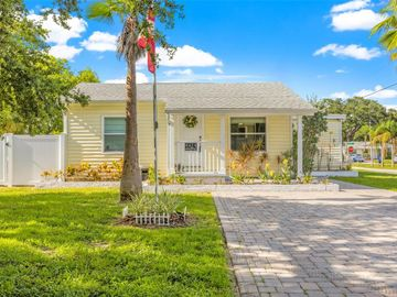 4424 W PEARL AVENUE, Tampa, FL, 33611,