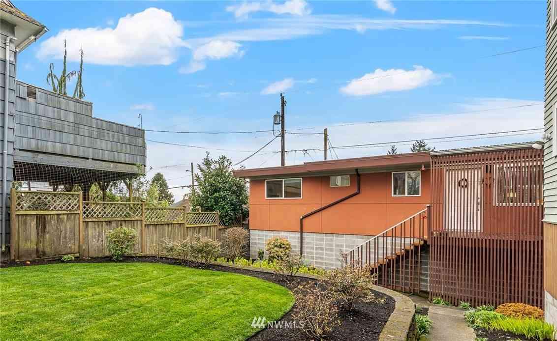 2112 Rucker Avenue #7, Everett, WA, 98201,