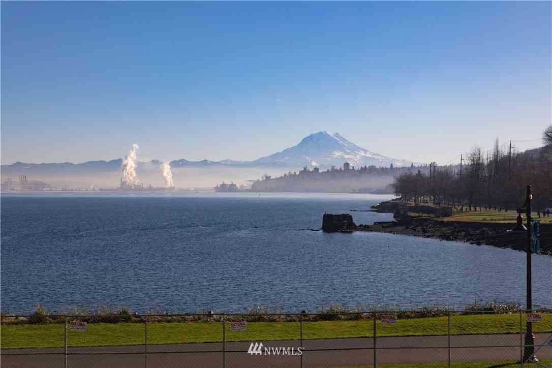 4907 Main Street #215, Tacoma, WA, 98407,