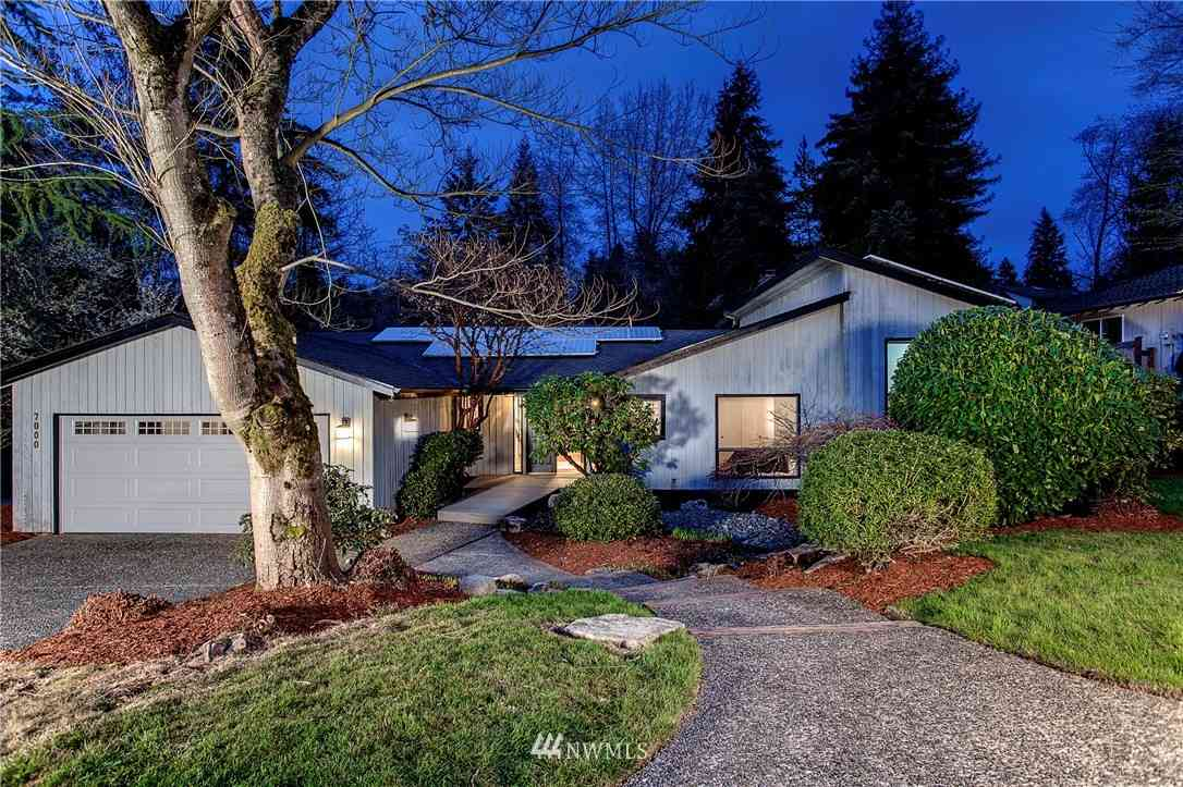 7000 80th Avenue SE, Mercer Island, WA, 98040,