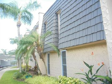 107 ELMWOOD CIRCLE #107, Seminole, FL, 33777,