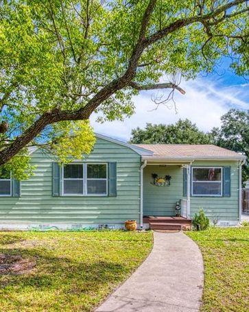 741 60TH AVENUE NE St Petersburg, FL, 33703