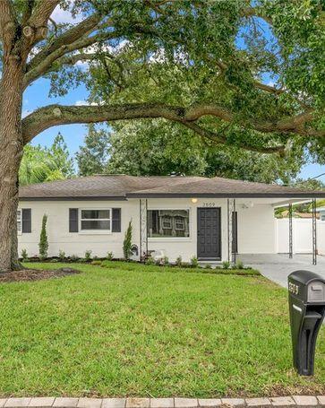 2809 W WOODLAWN AVENUE Tampa, FL, 33607