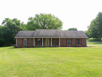 8200 Brownstone Ext, Cross Plains, TN, 37049,