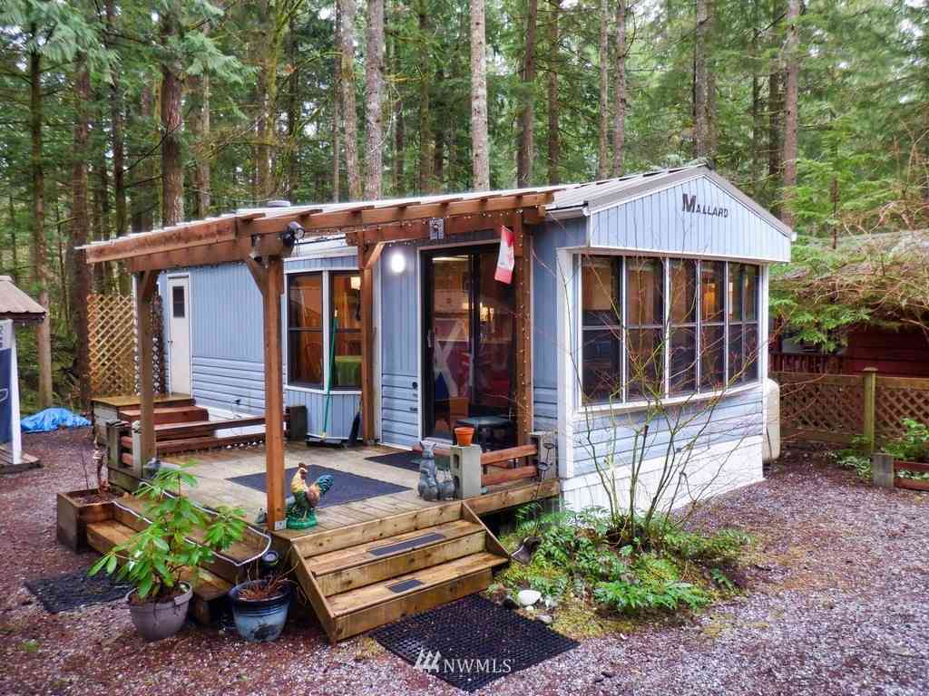 17 Wilderness Way, Deming, WA, 98244,