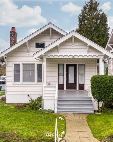 6303 16th Avenue NE Seattle, WA, 98115