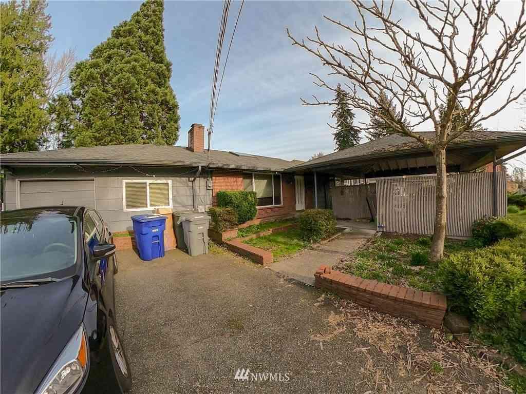19746 61st Place NE, Kenmore, WA, 98028,