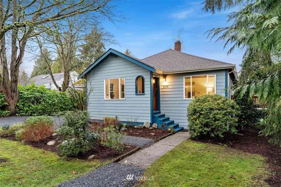 3042 94th Street, Seattle, WA, 98115,