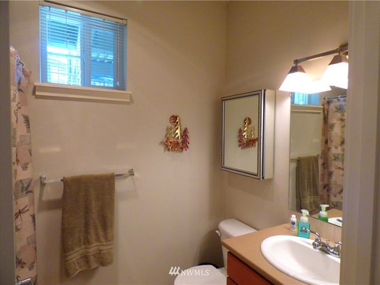7104 265th Street NW #207