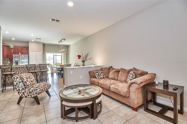 1708 IVORY GOOSE PLACE