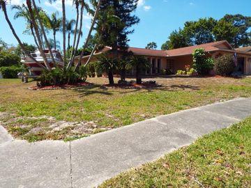 1611 TREASURE DRIVE, Tarpon Springs, FL, 34689,
