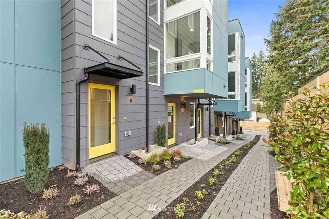 14013 Greenwood Avenue N #B, Seattle, WA, 98133,