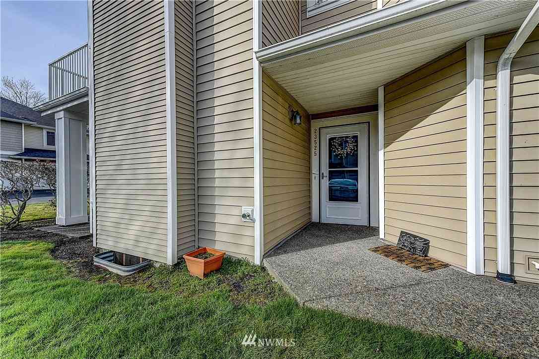 23525 54th Avenue S #4-1, Kent, WA, 98032,