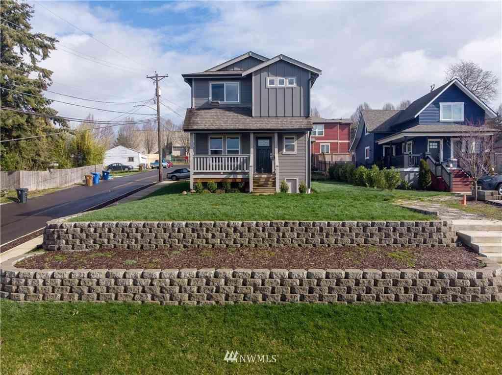 3561 E T Street, Tacoma, WA, 98404,