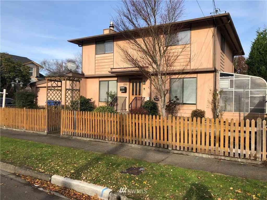 1311 Silver Street, Sumner, WA, 98390,