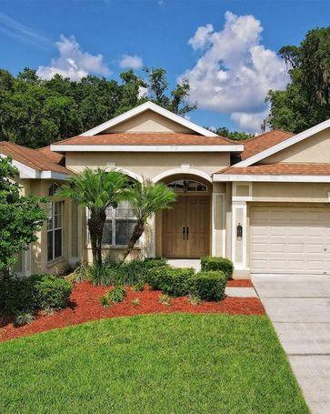 12228 WOODLANDS CIRCLE Dade City, FL, 33525