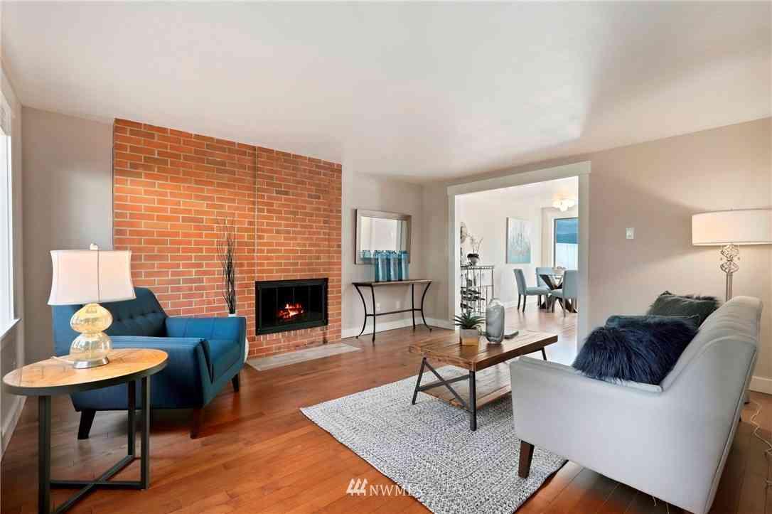 1717 150th Avenue SE #12, Bellevue, WA, 98007,