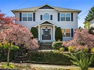 4211 S Mead, Seattle, WA, 98118,