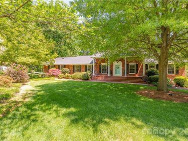 915 Oak Forest Drive, Monroe, NC, 28112,