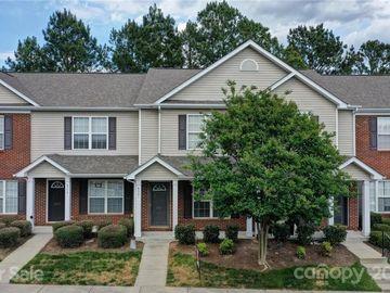8061 Stoneham Court, Matthews, NC, 28105,