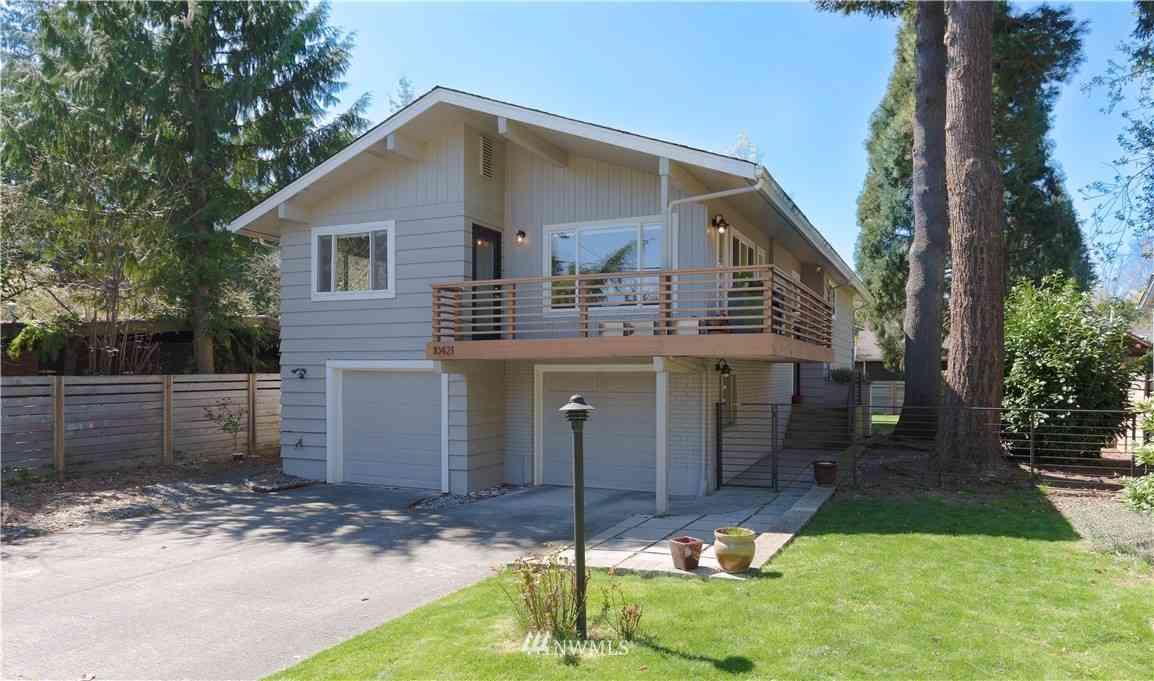 10421 40th Avenue NE, Seattle, WA, 98125,