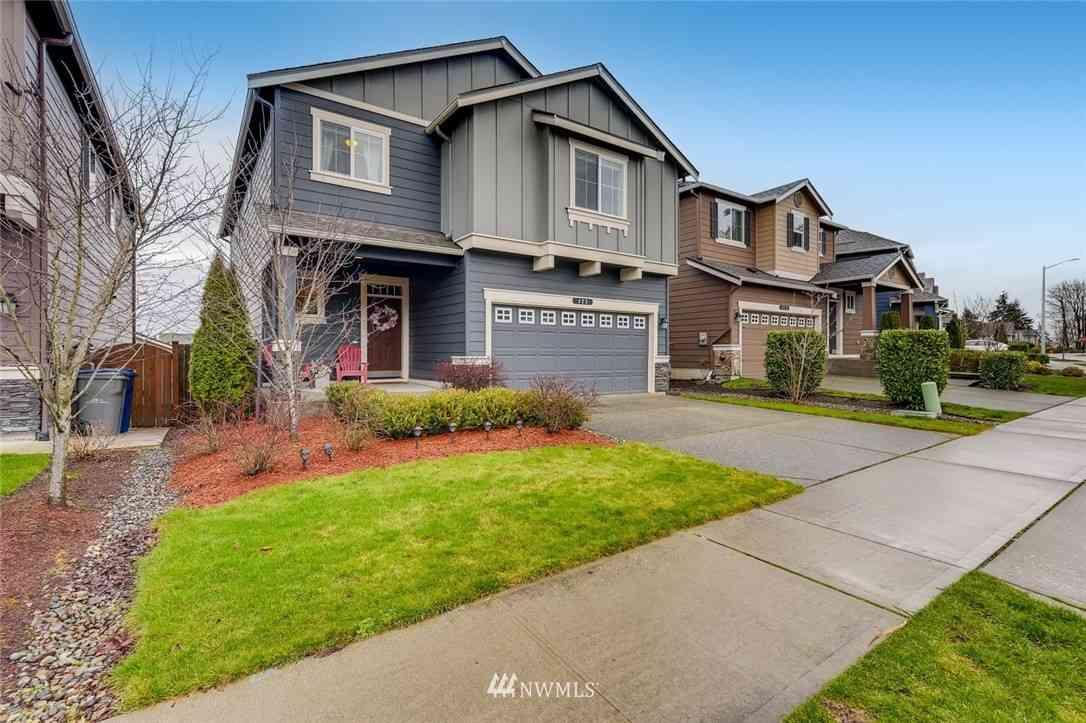 423 203rd Place SW #63, Lynnwood, WA, 98036,