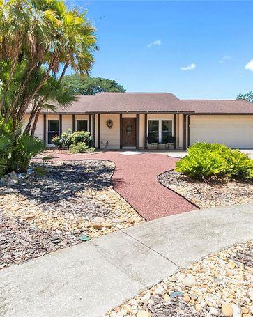 8706 WOODVINE COURT Tampa, FL, 33615
