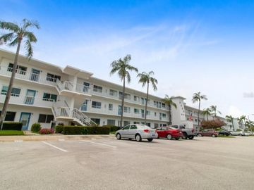 8080 112TH STREET #301, Seminole, FL, 33772,