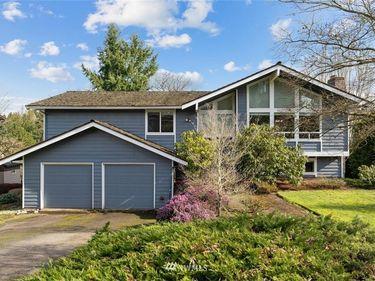 2212 109th Avenue NE, Bellevue, WA, 98004,