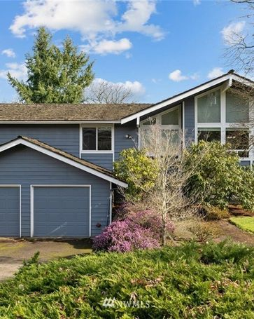 2212 109th Avenue NE Bellevue, WA, 98004