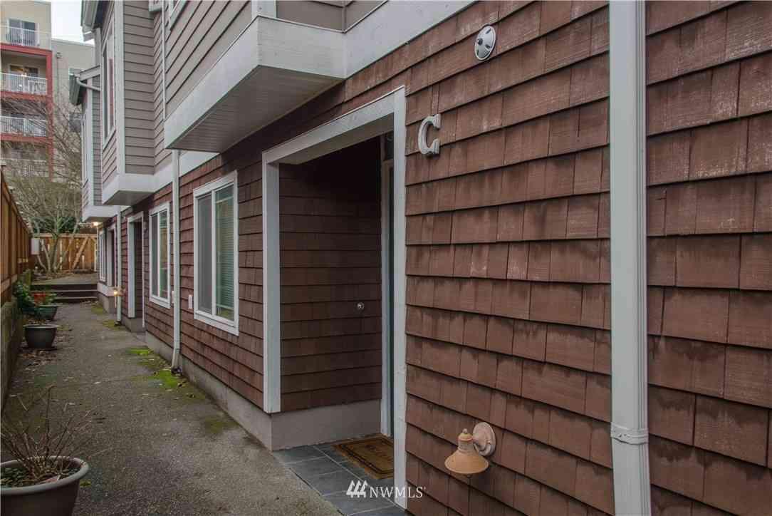 6415 9th Avenue NE #C, Seattle, WA, 98115,