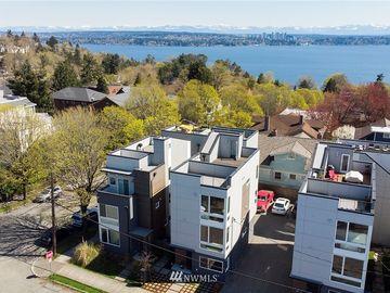 106 29th Avenue S, Seattle, WA, 98144,