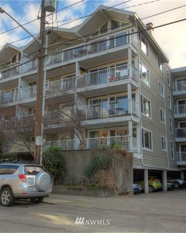 308 Summit Avenue E #202 Seattle, WA, 98102