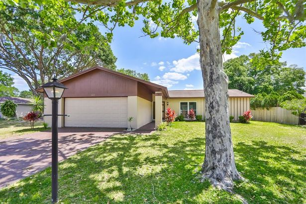 612 PINEDALE COURT