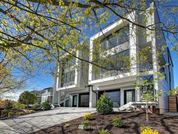 2022 S Norman Street #B, Seattle, WA, 98144,