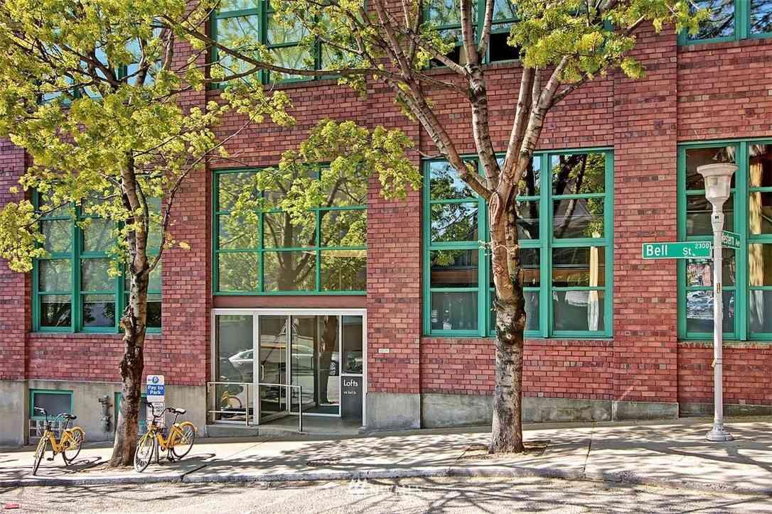 66 Bell Street #202, Seattle, WA, 98121,