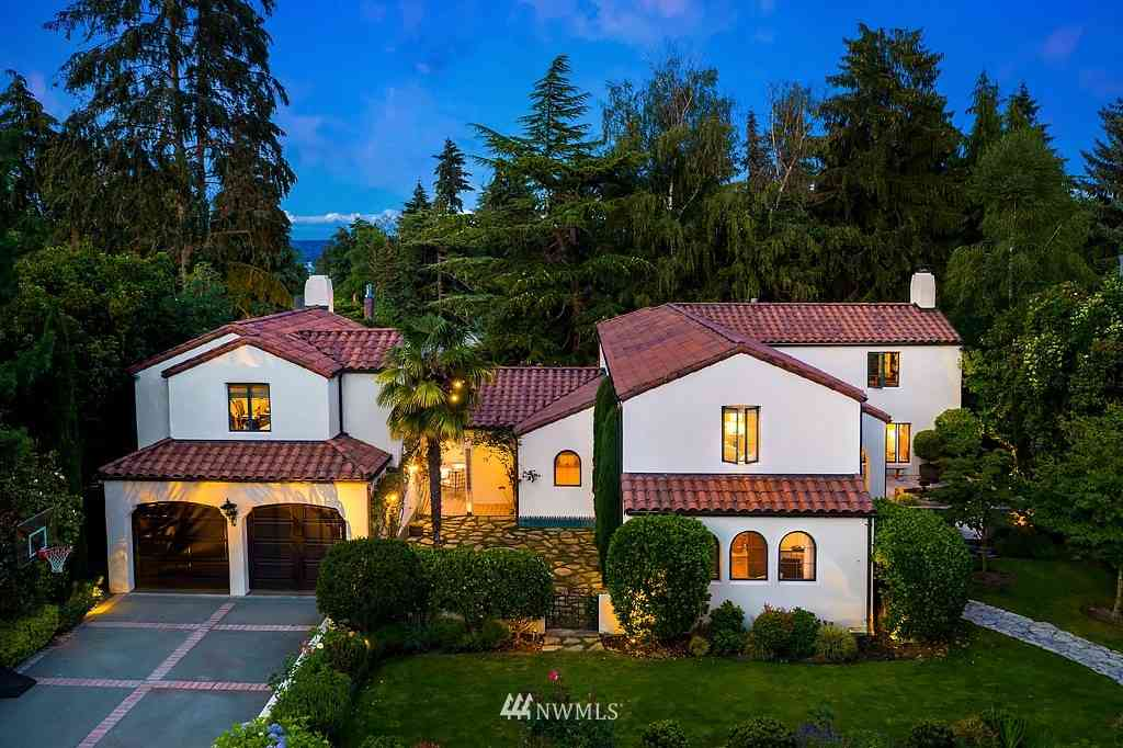 1642 Shenandoah Drive E, Seattle, WA, 98112,