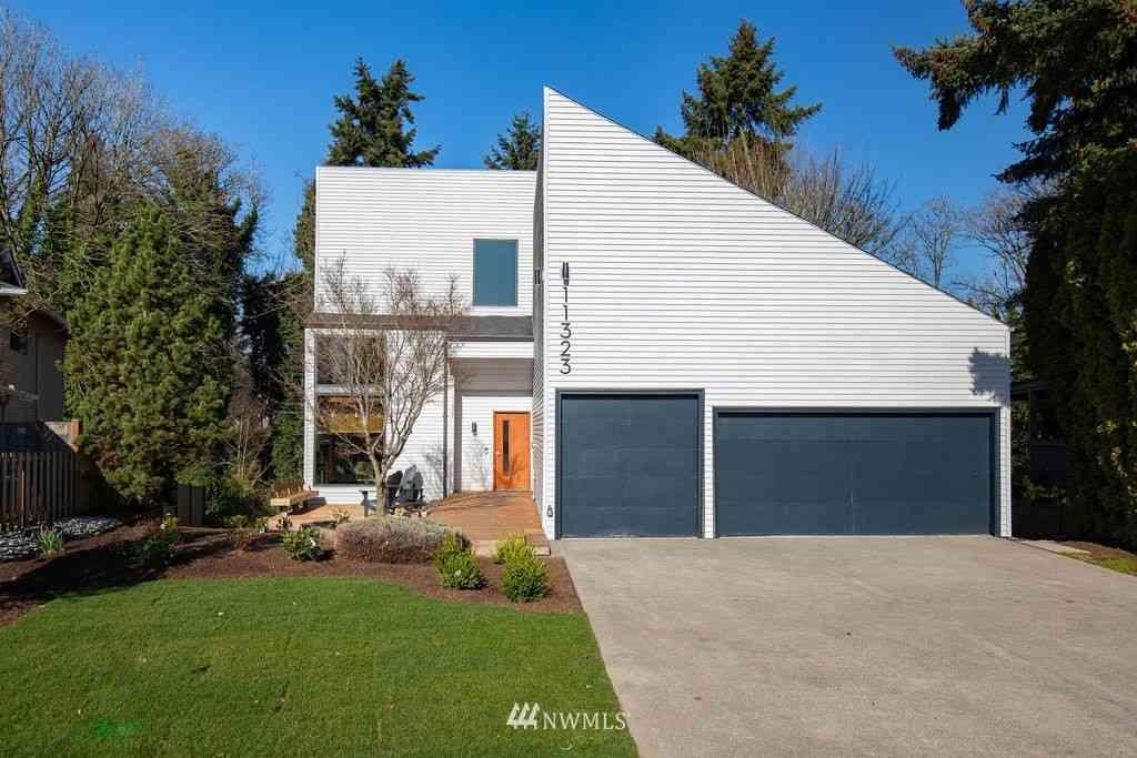 11323 82nd Avenue S, Seattle, WA, 98178,