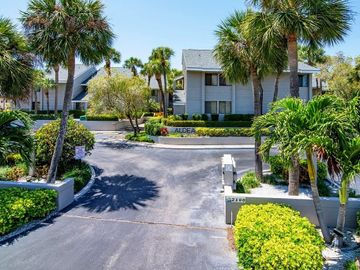 2100 GULF BOULEVARD #18, Belleair Beach, FL, 33786,