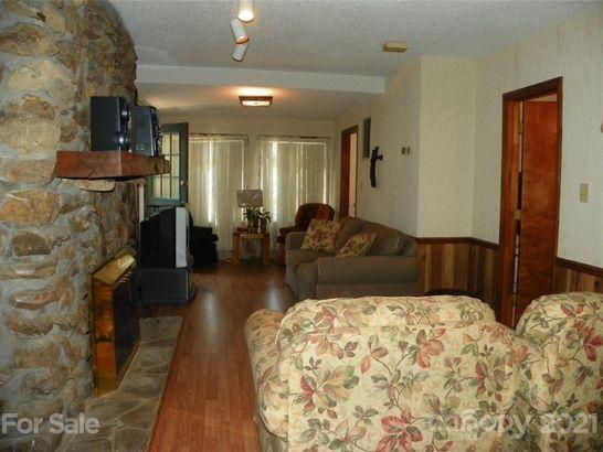 482 Pinehaven Drive