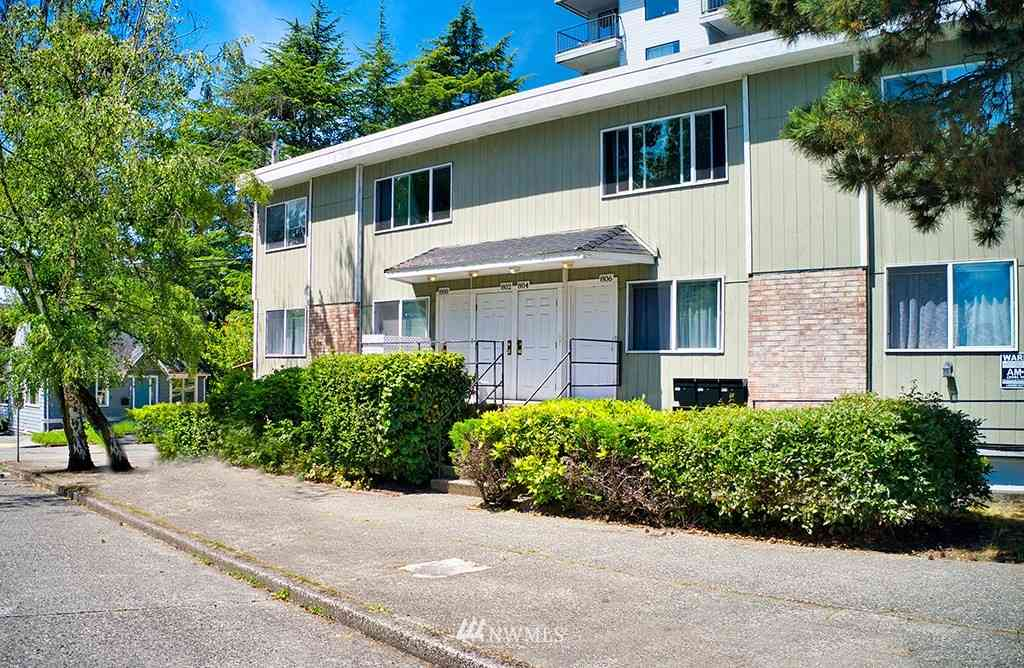 800 NE 40th St, Seattle, WA, 98105,
