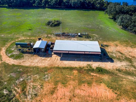 1100 COUNTY ROAD 48